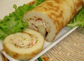 Aproveite sobras de arroz e faça um rocambole de frango - Gastronomia - Bonde. O seu portal
