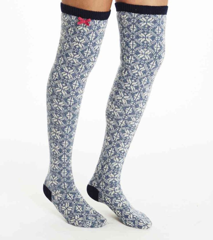 Gift guide - To the Aunt you never meet. Looking for a gift to a distant relative or someone you hardly know? These are the perfect gifts for every fabulous woman out there. Odd Molly Jacquard Long Sock