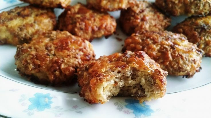 These Low Carb Sausage Biscuits are very low carb, high fat, and a good source of protein. Great for a quick, easy meal or snack on the low carb diet! They're hearty, and very filling. They are also gluten free. ;-)read more