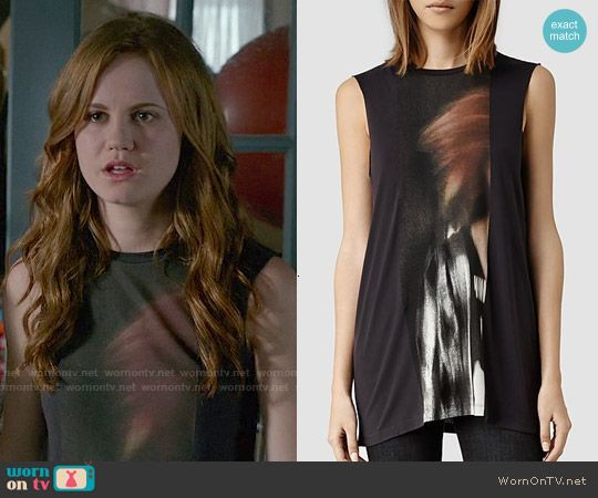 Norrie's black sleeveless top on Under the Dome.  Outfit Details: http://wornontv.net/50218/ #UndertheDome