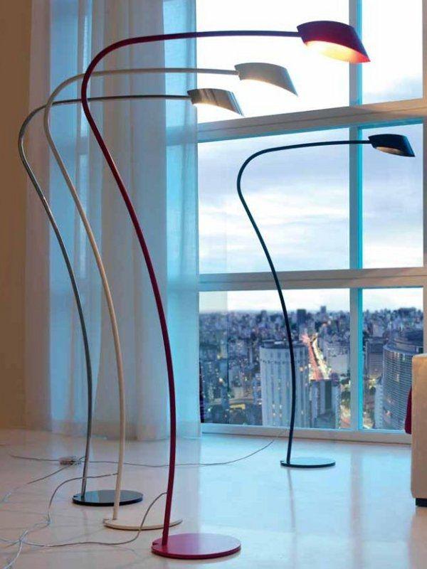 Flag Cattelan Italia  Design: Emanuele Zenere    Seine Struktur ist dünn, der Schatten ist original in seiner Einfachheit, die Menge ist sehr dekorativ: wir sprechen Lampe Flagge. Stahl und Stoff sind die verwendeten Materialien und vier Farbvarianten zur Verfügung.  http://www.storeswiss.com/de/prod/zubehor/beleuchtung/flag-cattelan-italia.html