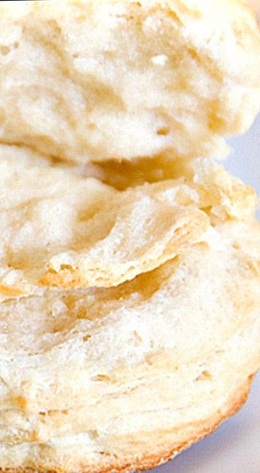 Extra-Flaky Southern Buttermilk Biscuits ❊