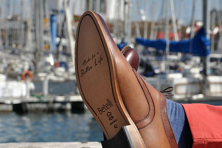 Przyjemne chwile na przystani jachtów, a na nogach #buty podwyższające #Betelli