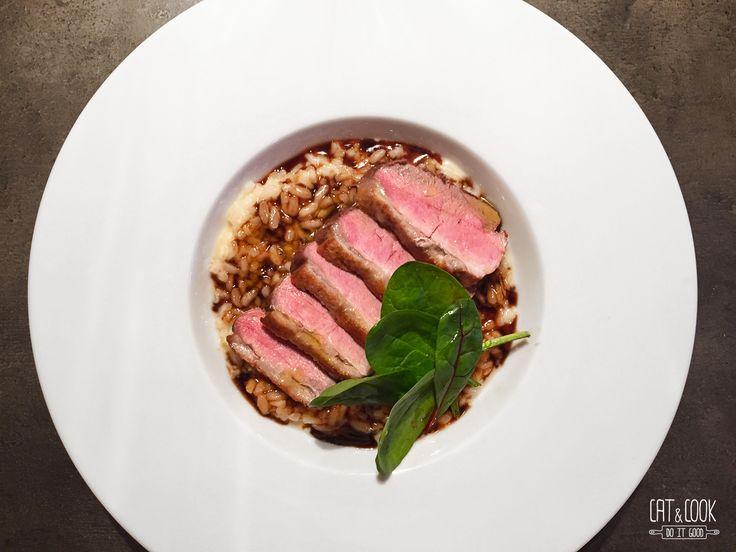 Parmazánové risotto s kach. prsíčky a s redukcí z balsamika