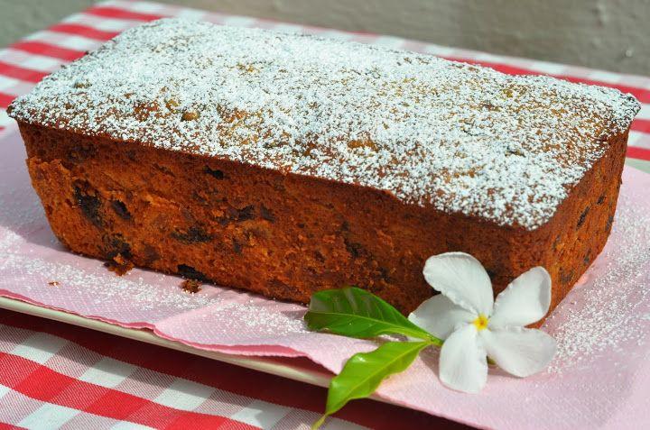 Английский кекс  В оригинале кекс называется «Йоркширский кекс», а какой у него  шикарный аромат и богатый разнообразный вкус, пряный и чайный, внутри нежный и мягкий.