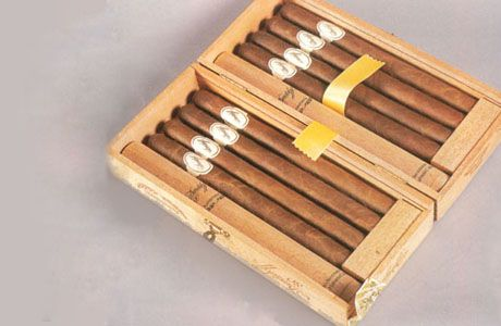 17 best images about cigar alcohol on pinterest moet for Jay z liquor price