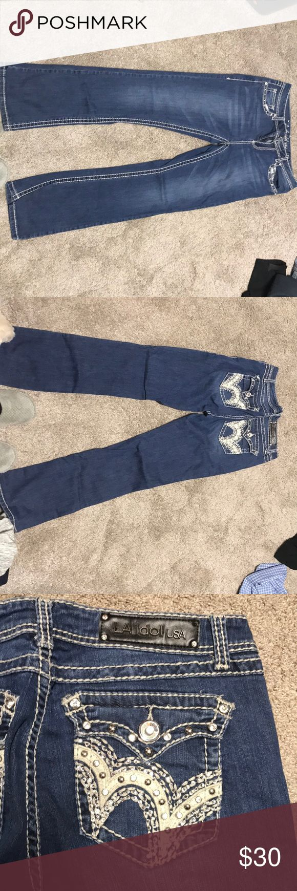LA Idol Jeans These LA Idol USA jeans are in great condition with nearly no wear marks. They do have bling studs on pockets, front and back. Please see tag picture for sizing questions. Jeans Boot Cut