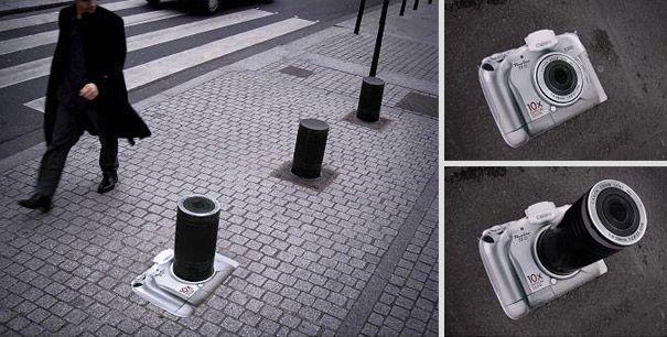 Cool Canon street ad