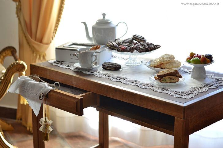 Afternoon Tea con biscotti dessert Siciliani http://www.zagaraecedro.ifood.it/2016/12/afternoon-tea-10.html