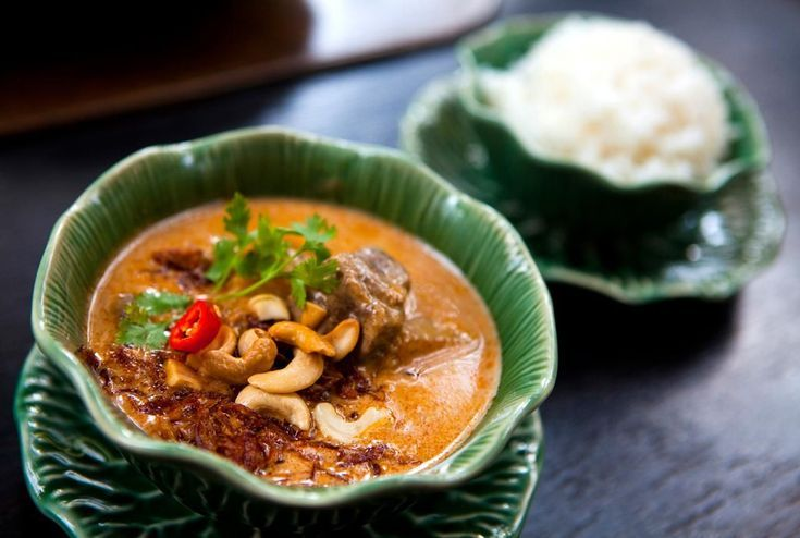 Start a Good Thai Dish with a Solid Thai Massaman Curry Paste