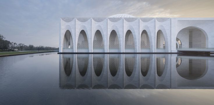 Gallery of 10 Images of Architecture Reflected in Water: The Best Photos of the Week - 1