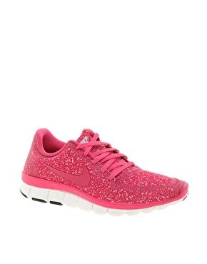 I am not a big sneakers/tennis shoe type of girl, BUT... I love the different girly types!!  Nike Free Running 5.0 V4 Pink Trainers