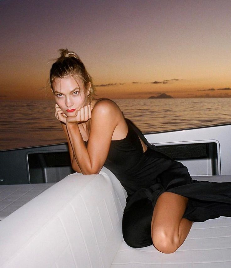 "10.4k Likes, 94 Comments - Karlie Kloss (@karliekloss) on Instagram: ""waiting for the show to start like... #Karlie4Express"""