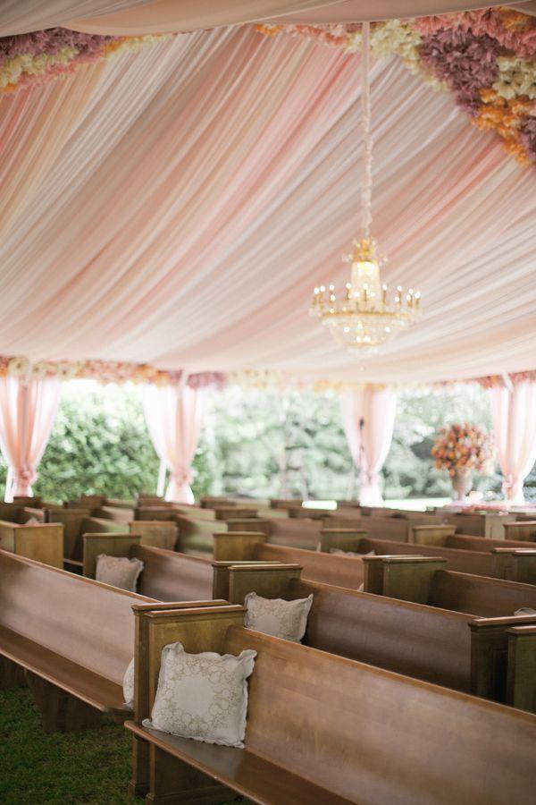 outdoor chapel set-up | Harwell Photography #wedding
