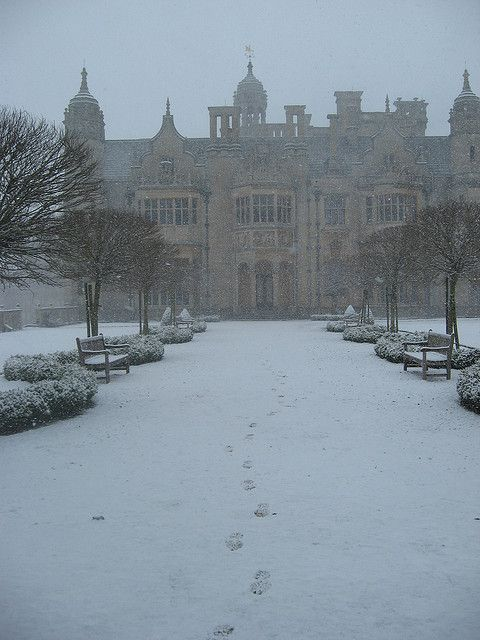 Harlaxton College, what pretty much everyday looked like during my semester there...I'd take it back anyday, winter and all.