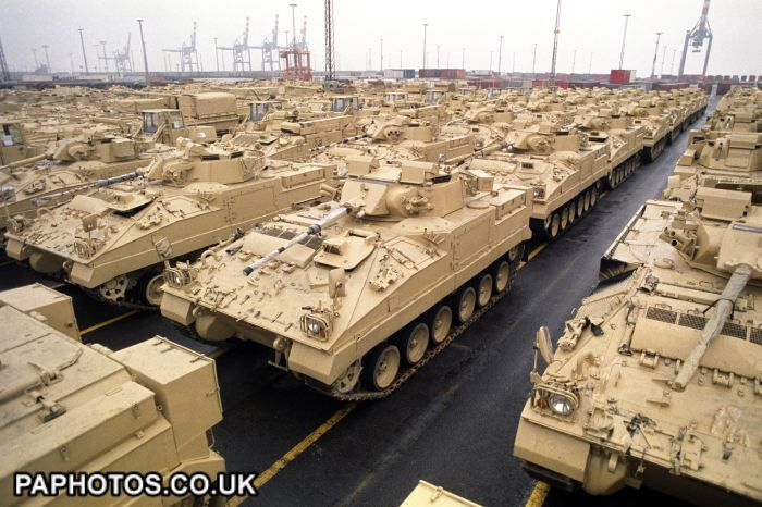 GULF WAR -- BRITISH WARRIOR TANKS