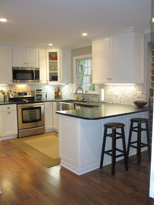 Best 25 small kitchen peninsulas ideas on pinterest for Basic kitchen remodel ideas