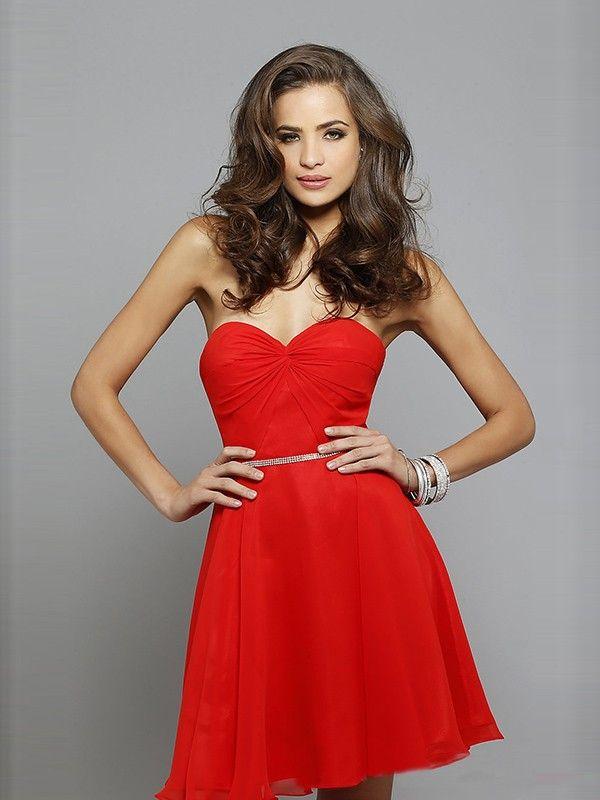 Kleid rot herz ausschnitt