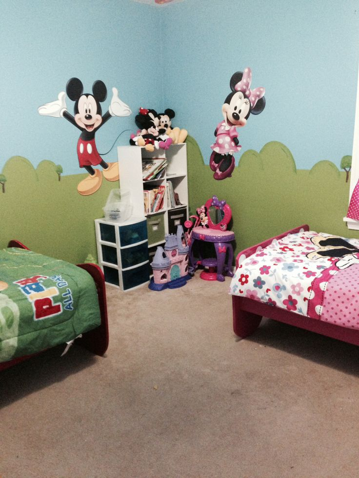 10 Images About Micky Amp Minnie Toddler Room On Pinterest