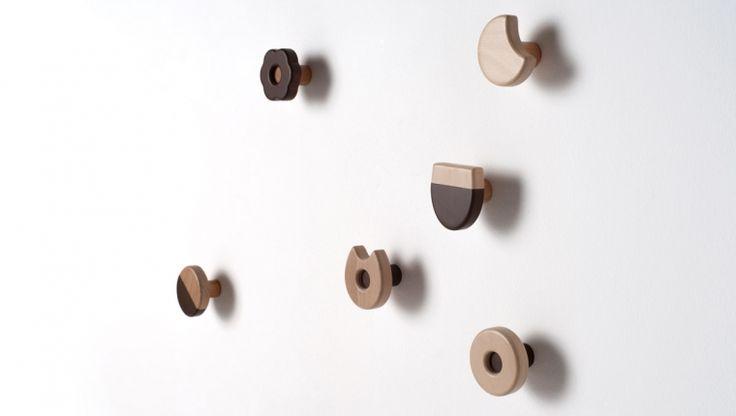 Frolle / wall coat rack set / design Andrea Brugnera / Formabilio