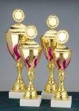 Spectaculaire beker trofeeën zijn verkrijgbaar tegen gereduceerde prijzen voor wereldwijde klanten zoals aangekondigd door Vereins-kaufhaus.de . aangepaste pokale zijn verkrijgbaar in zilver en goud materialen versierd met kostbare diamanten. exclusieve beker trofeeën zijn online beschikbaar met onbeperkte personalisatie opties. Gegraveerde beker trofeeën zijn column met mooie souvenirs gemonteerd op de kolom bar.