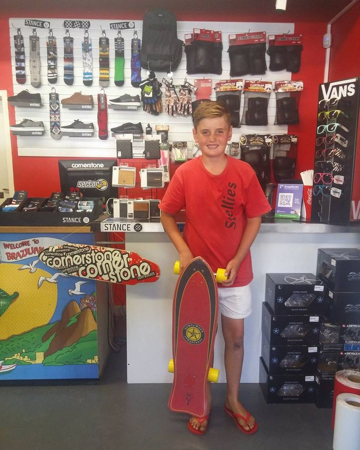 We're super stoked to have been able to hook the dude @albie71105 up with this custom setup @gunslinger_sa Catty with 86a @orangatangwheels 4President's! Enjoy it skate safe & stay stoked dude!  Welcome to the #csskateshopfam!   #csskateshop x #gunslingerlongboards