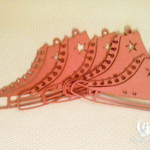 Sneakers lézervágott ültetőkártya #lánybúcsú #ültetőkártya #lézervágott #bridalshower #placecard #lasercutting #sneakers