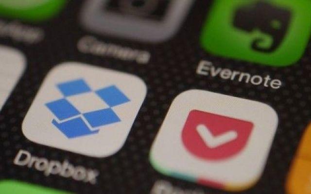 Le app di messaggistica per promuoversi sui Social Network Diciamocelo, ultimamente il tempo passato sulle app di messaging è sempre maggiore. Almeno per me è così, tra gruppi di Whatsapp, bot di Telegram e chat di Messenger passo più tempo lì che nelle vecc