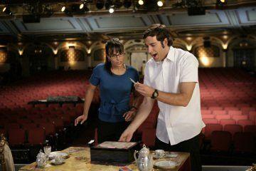 Still of Jordana Brewster and Zachary Levi in Chuck (2007)