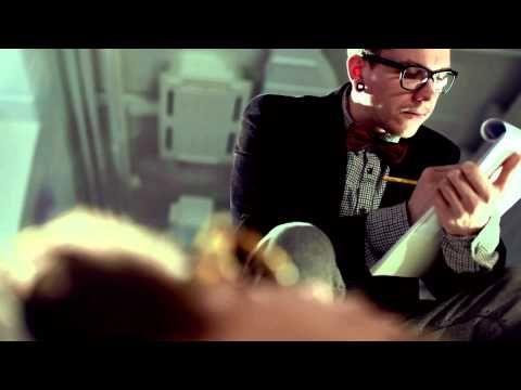 """""""Saatilla"""" -musiikkivideo"""