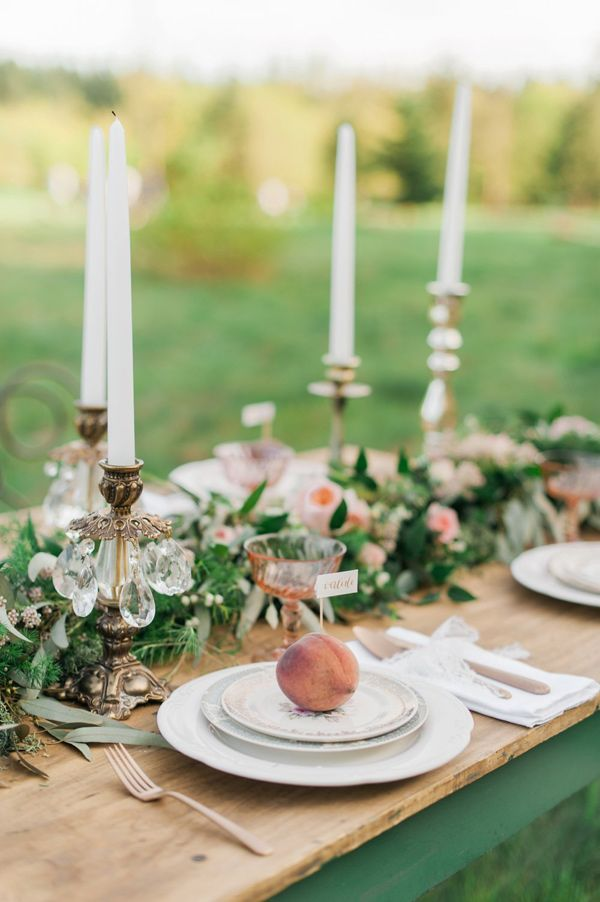 southern peach orchard styled shoot - photo by Christine Williams http://ruffledblog.com/southern-peach-orchard-styled-shoot