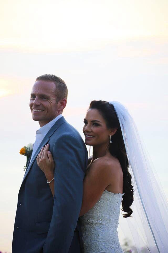 Mr & Mrs Robertson-Newey