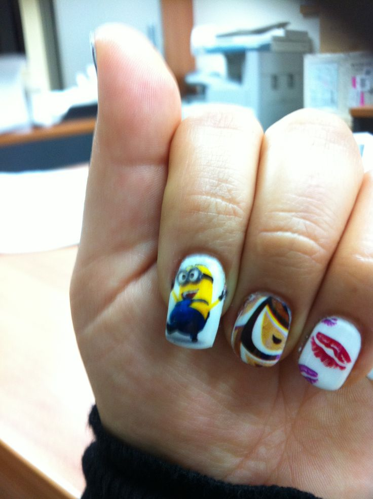 Minion nails!! Any image on your nails 'get tink'd'