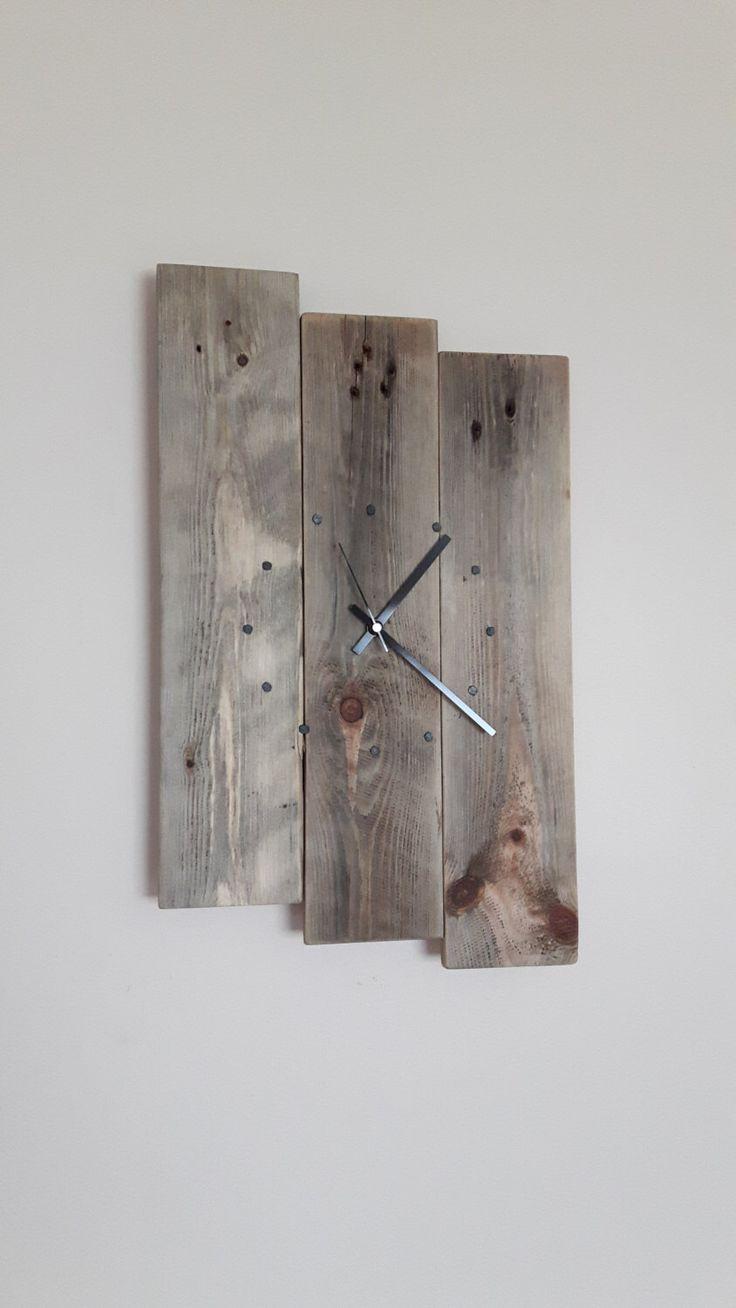 Wall Clock, Wooden Wall Clock, Reclaimed Wood, Wall Clock, Pallet Wood Clock, Wall Clock, Rustic Clock, Shabby Chic Clock by SpudsCreativeAsylum on Etsy https://www.etsy.com/listing/268982743/wall-clock-wooden-wall-clock-reclaimed