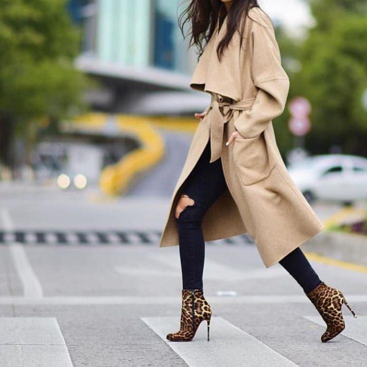 Me encantan estas botas y los #pantalones rotos aunque con este frío que ha llegado de repelente no creo que sea lo más adecuado. Habrá que esperar un poquito. @pamallier Repost @streetstyleluxe #nyx #nyxcosmetics #dressyourface #pomade #makeup #maquillaje #lapizcejas #gelcejas #maquillalia #eyeshadow #smokeyeyes #beautybycassie93 #laurag_143 #eotd #ilovemakeup #BeatThatFace #vegas_nay #themakeupcollection #wakeupandmakeup #cakefaceconfession #tartecosmetics #batalash #maquiagemx…