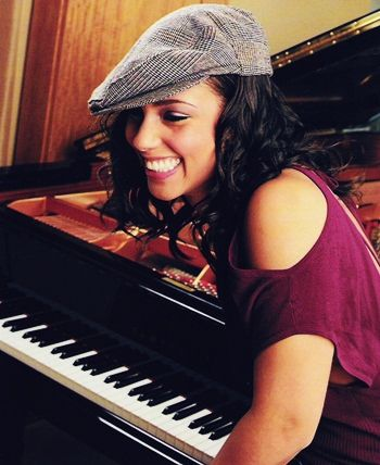 Imagen de Alicia Keys — PNG uploaded by Users.aGainst.LousY.images group.