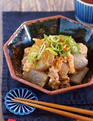 豚バラこんにゃくの味噌煮込み