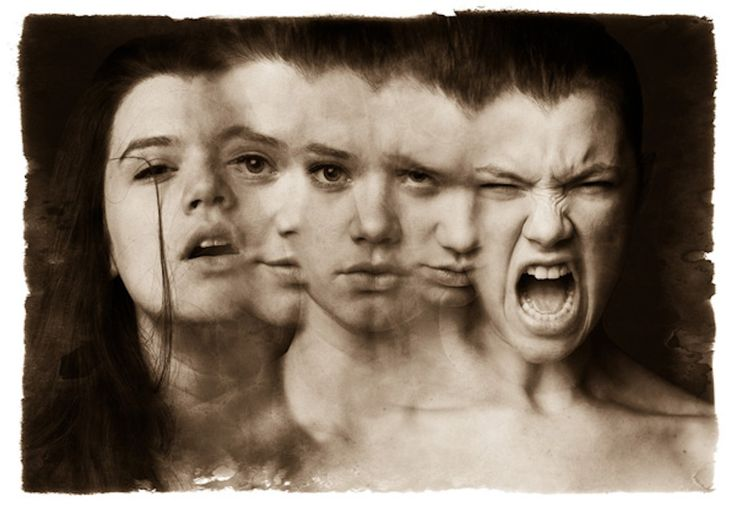 hypothesis on dissociative identity disorder Dissociative identity disorder (did) is a diagnosis characterized by having two or more distinct people, each with his or her own identity and personality, that alternately take control over a person.