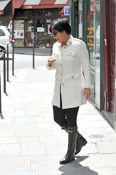 Yes, I love Kris Jenner's style!