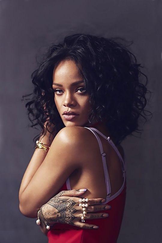 "arielcalypso:Rihanna for ""Vanity Fair Italia"" (April 2015 issue)"