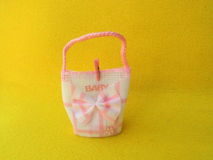 Ροζ τσαντάκι BABY για μπομπονιέρα βάπτισης ή για οτιδήποτε έχετε φανταστεί.