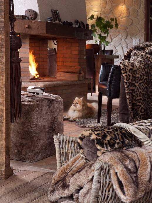 Chaleur, douceur, bien-être & prestige... Jamais votre intérieur n'aura été aussi confortable. Découvrez les collection été / hiver et laissez-vous charmer grâce à ces splendides plaids en fausse fourrure synthétique, imitant à la perfection la fourrure animale, tout en préservant et en respectant les animaux.  Découvrez la collection complète de plaids d'été et d'hiver sur http://trend-on-line.com/brand/winter-home