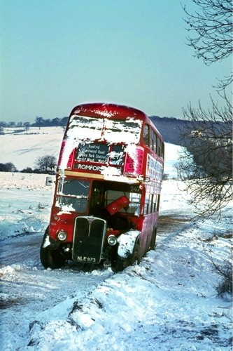 London Transport RT NLE973 Tylers Common'69 Bus Photo