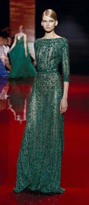 Ellie saab emerald gown. Love this silhouette.