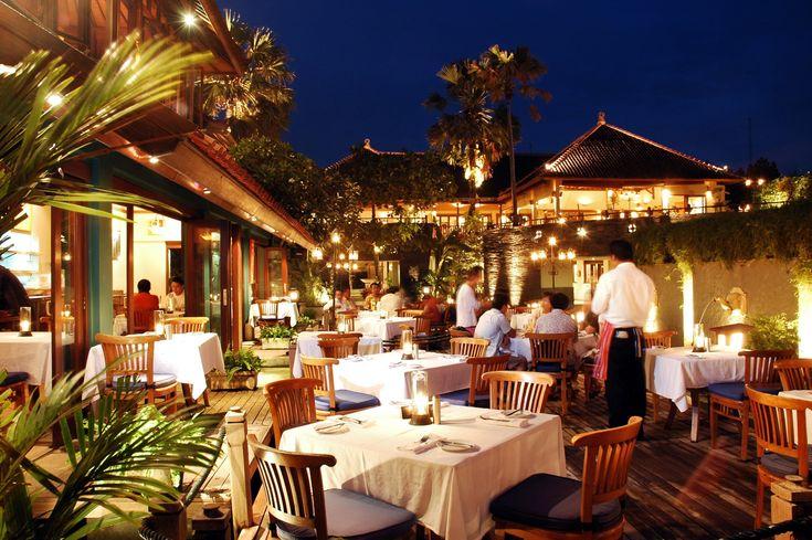 Papas Limoncello Italian Restaurant Bali -Jalan Pantai Kuta Bali -  Candle Light Dinner