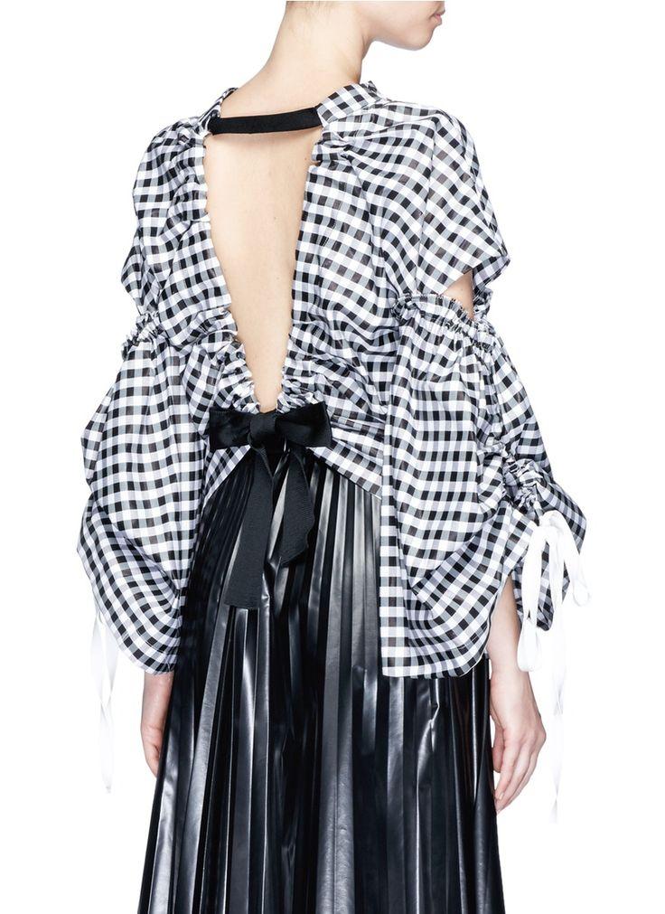 TOGA ARCHIVES | Open back slit sleeve gingham check blouse