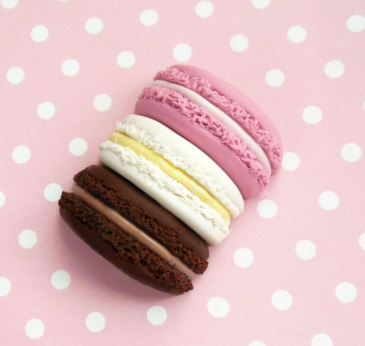 Macaron Stack Food Magnet, Polymer Clay Magnet, Neapolitan, Miniature Food Magnet, Food Decor by ScrumptiousDoodle on Etsy https://www.etsy.com/uk/listing/474306457/macaron-stack-food-magnet-polymer-clay