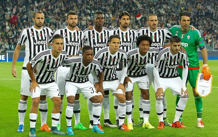 Juventus line-up before the game against Seville
