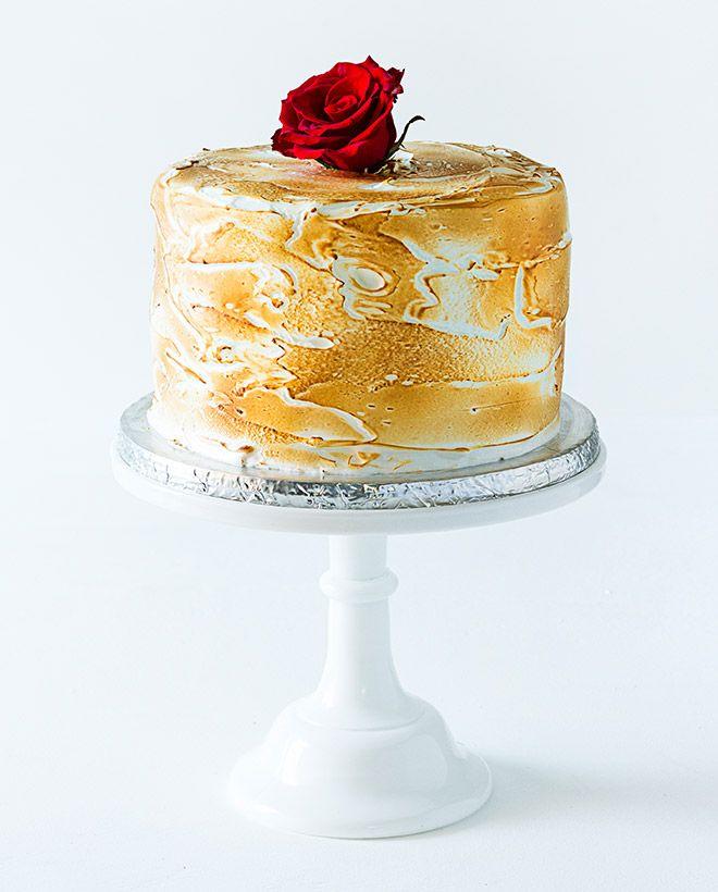 Red Velvet Meringue Cake