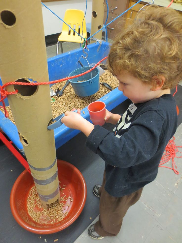 SAND AND WATER TABLES: TALL CARDBOARD TUBES AND ROPES